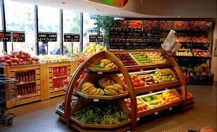 日本超市零食陈列图片